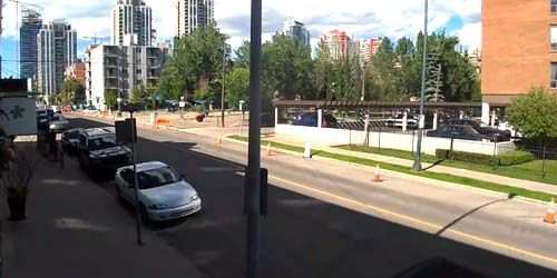 The movement of pedestrians and cars along 11th Street -  live webcam , Alberta Calgary