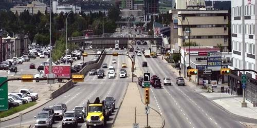 Traffic on 16th Avenue -  live webcam , Alberta Calgary