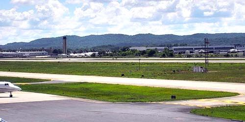 Airport runway -  live webcam , Alabama Birmingham