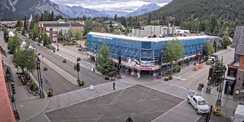 Resort Suburb Banff -  live webcam , Alberta Calgary
