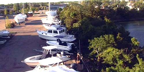 Dry parking for boats and yachts -  live webcam , Massachusetts Boston