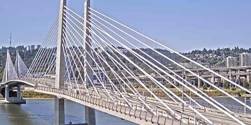 Tilikum Bridge over the Willamette River -  live webcam , Oregon Portland