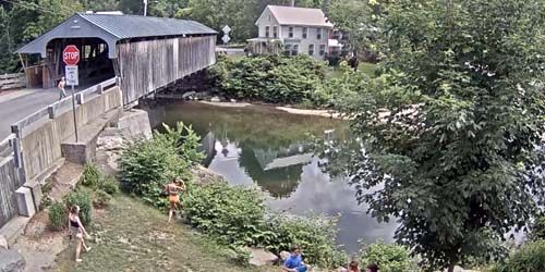 Waitsfield Covered Bridge over the Mad River -  live webcam , Vermont Montpelier