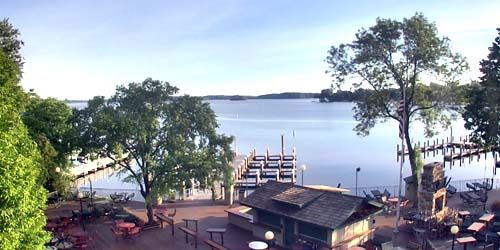 Browns Bay Tourist Base -  live webcam , Minnesota Minneapolis