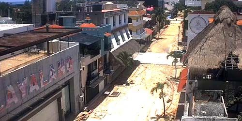 Restaurants and cafes in the city center -  live webcam , Quintana Roo Playa del Carmen