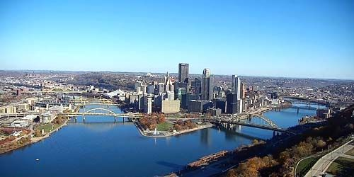 Monongahela and Allegheny Rivers into the Ohio River -  live webcam , Pennsylvania Pittsburgh