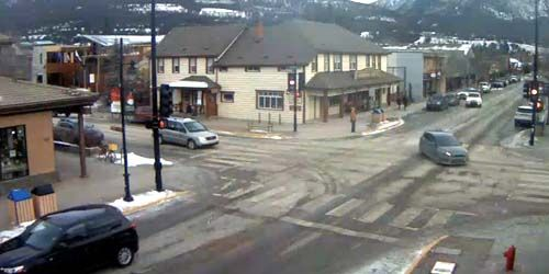 Crossroads in the city center -  live webcam , Alberta Canmore