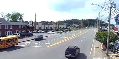Traffic on Kelly RD -  live webcam , New Hampshire Salem