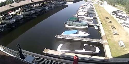 Lagoon City - moorings for yachts and boats -  live webcam , Ontario Toronto