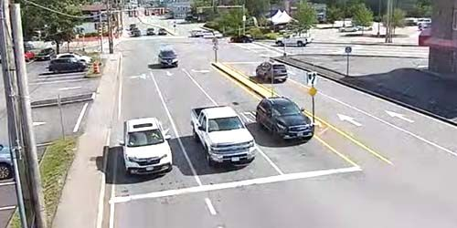 Traffic on Lawrence Rd -  live webcam , New Hampshire Salem