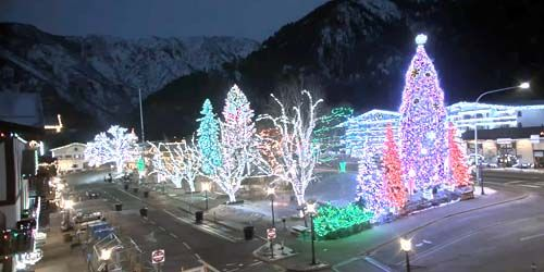 Village carré des lumières dans le centre-ville -  Webсam , Washington Leavenworth