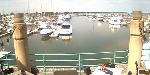 Gaslight Pointe Marina -  live webcam , Wisconsin Racine