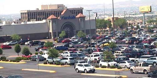 Marshalls Shopping Center -  live webcam , California Los Angeles