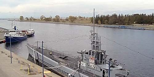 USS Silversides Submarine Museum -  live webcam , Michigan Muskegon
