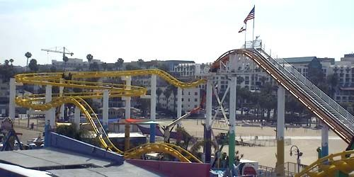 Rides in the Pacific Park -  live webcam , California Los Angeles