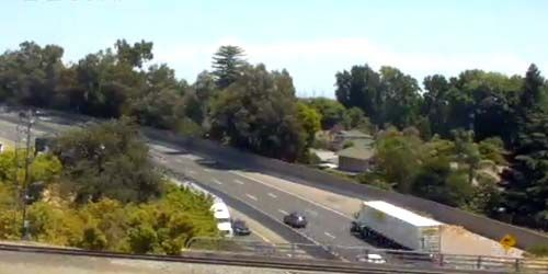 Traffic in the Sutters Landing Regional Park area -  live webcam , California Sacramento