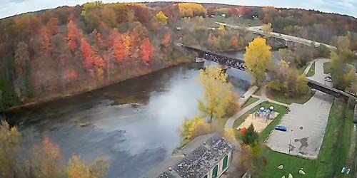 Muskegon river in the suburbs of Newaygo -  live webcam , Michigan Muskegon