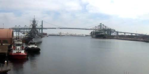 Seaport, Vincent Thomas Bridge -  live webcam , California Los Angeles