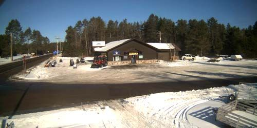 Snowmobile rental station -  live webcam , Wisconsin Land O' Lakes