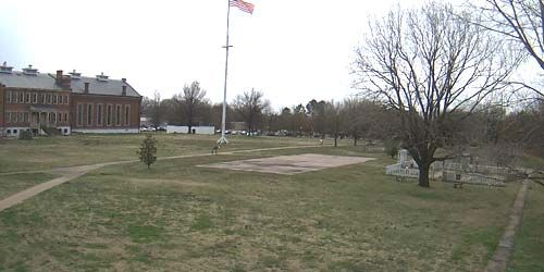 The old square in front of the court and prison -  live webcam , Arkansas Fort Smith