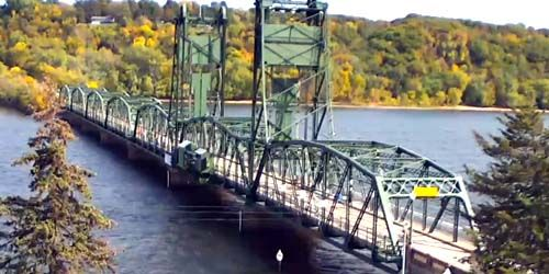 Bridge over the St. Croix in the suburb of Stillwater -  live webcam , Minnesota Minneapolis