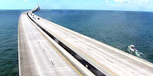 Sunshine Skyway Bridge -  live webcam , Florida Tampa