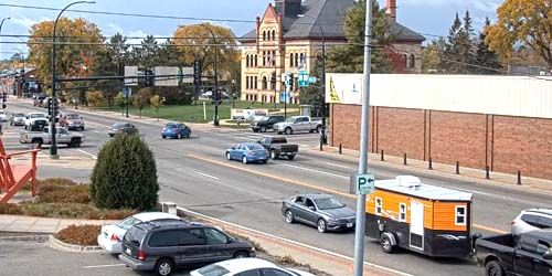 Traffic in the city center -  live webcam , Minnesota Grand Rapids