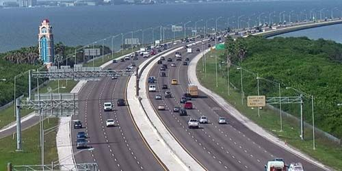 Traffic in the city -  live webcam , Florida Tampa