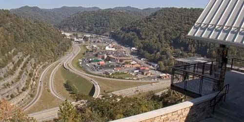 Mountain valley from the observation deck -  live webcam , Kentucky Pikeville