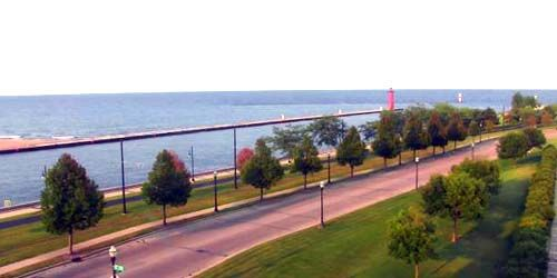 Lake Michigan waterfront -  live webcam , Wisconsin Kenosha