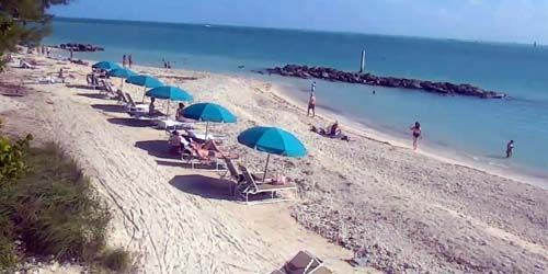 Fort Zachary Taylor Historic State Park -  live webcam , Florida Key West