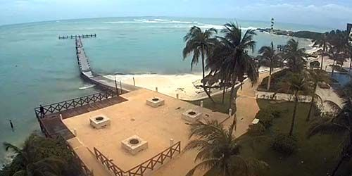 Beach with pier at Hyatt Ziva -  live webcam , Quintana Roo Cancun